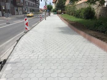 Rekonštrukcia chodníka na Moyzesovej ulici