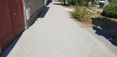 Rekonštrukcia chodníka na Bratislavskej ulici